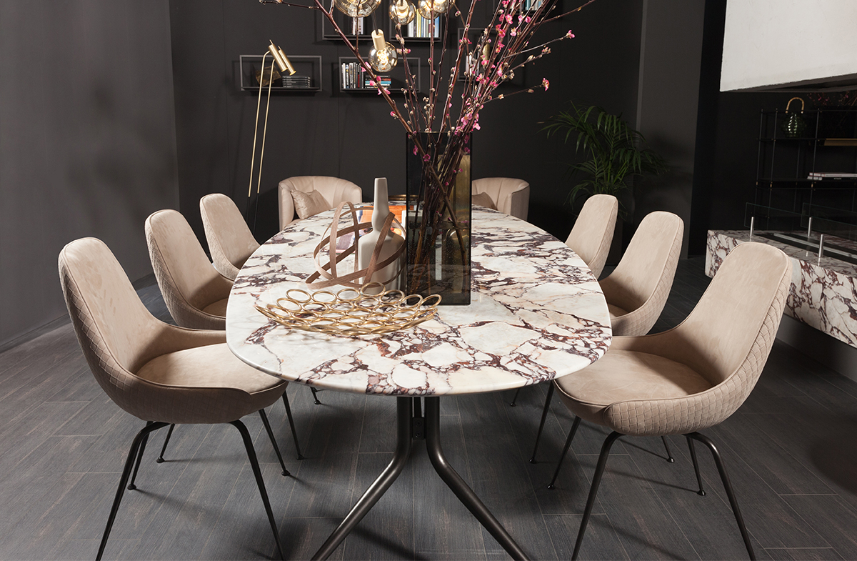 Dining Table 05356