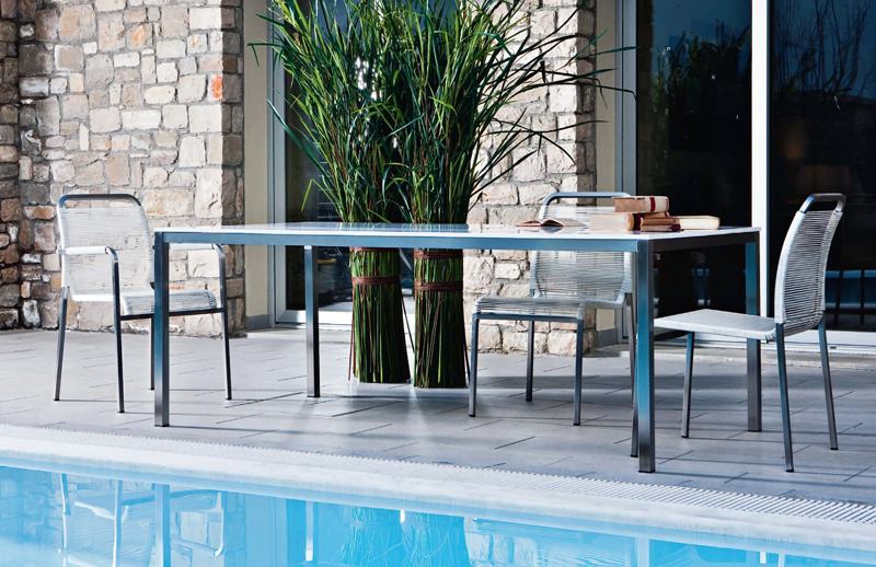 Outdoor Dining Table 09450