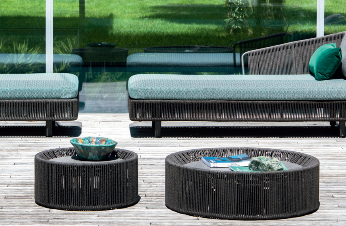 Outdoor Coffee Table 09573