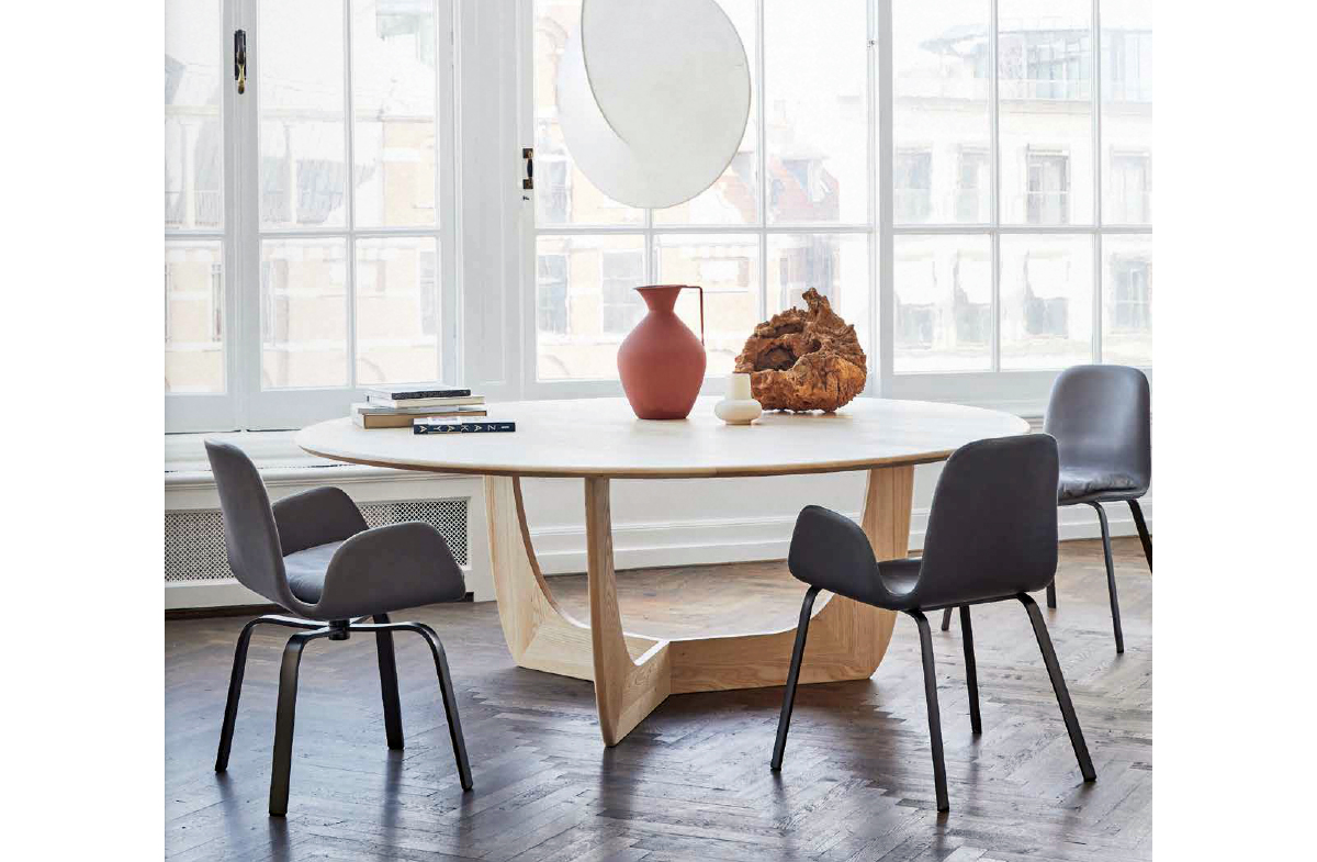 Dining Table 13677