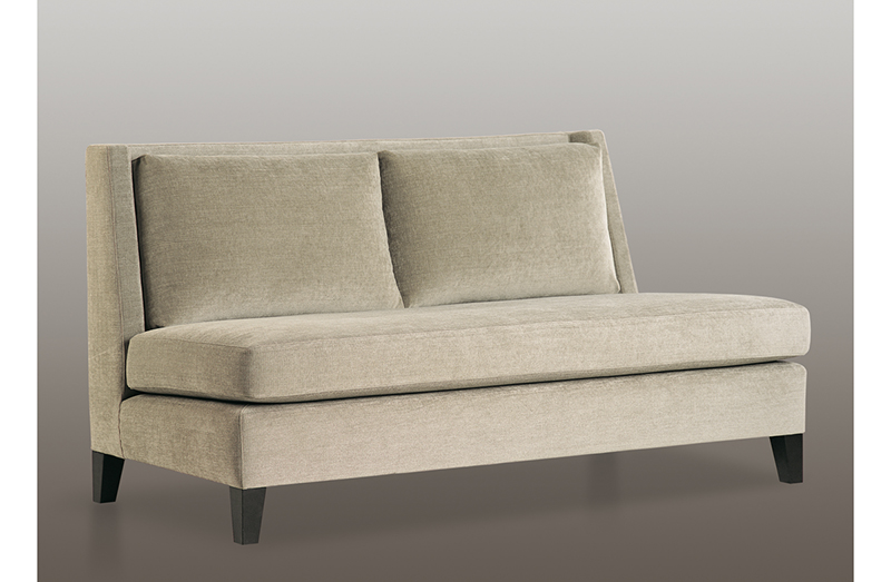 Loveseat 03182