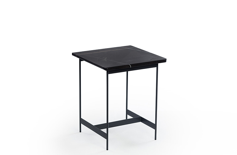 Side Table 04488