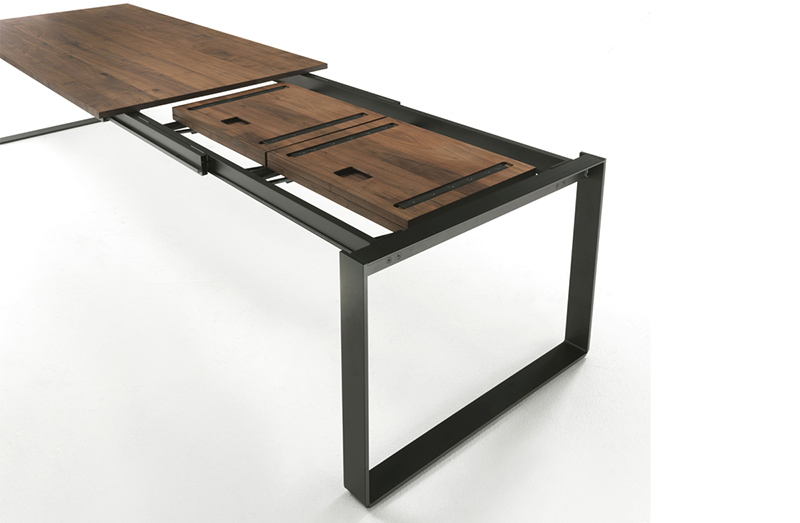 Extendable Table 06411