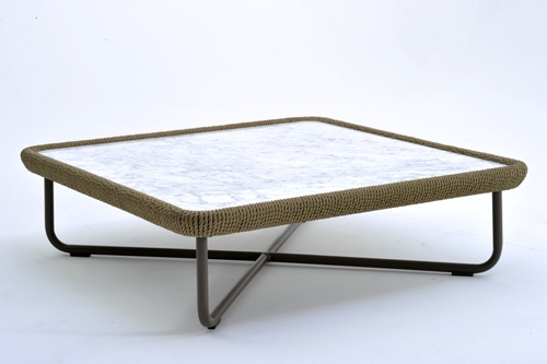 Coffee Table 09496