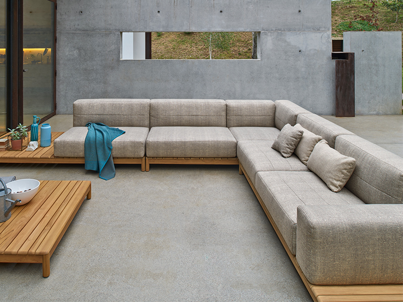 Indoor/Outdoor Sofa 09517